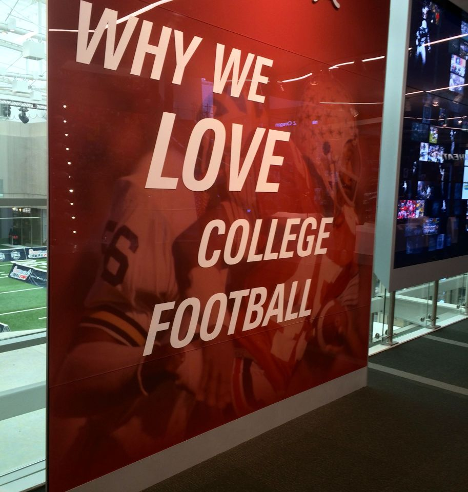 College Football Hall of Fame, Atlanta, Wisconsin, Minnesota, rivalries, tourist attractions in Georgia, downtown, World of Coca-Cola, Georgia Aquarium, UGA, Georgia Tech, Civil Rights Museum