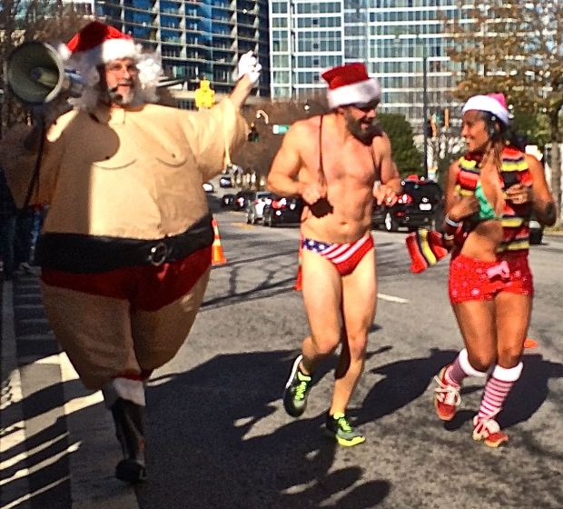 Atlanta, Santa Speedo Run, Midtown, Peachtree, gay, gay community, Kevin Esch, charity, gays raising money for chartity, Everybody Wins, literacy