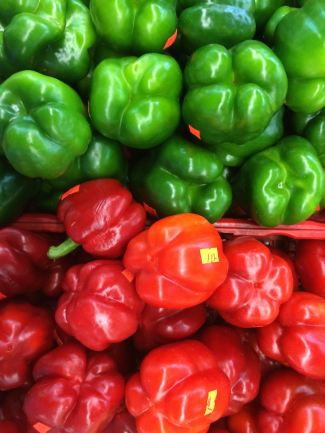 Atlanta Curbside Market, Municipal Market, produce, peppers, meat, poultry, MLK, soul food